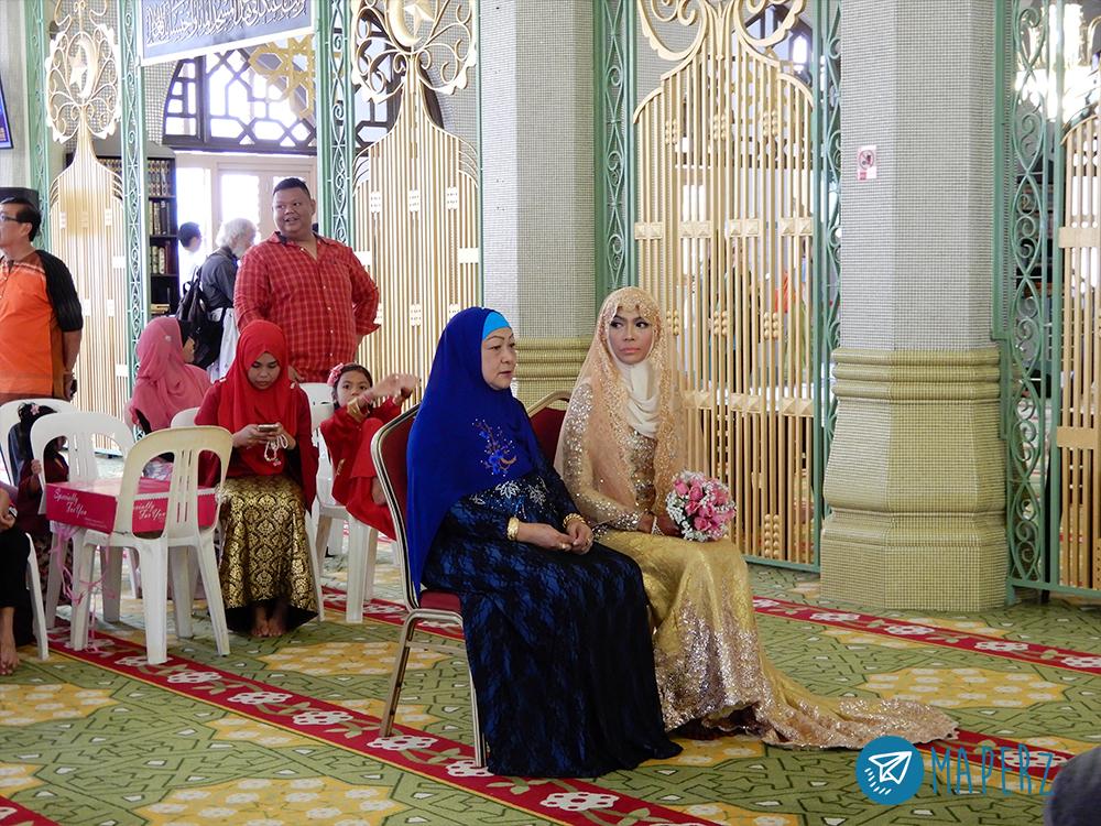 Ceremonia de matrimonio musulmán en la Mezquita